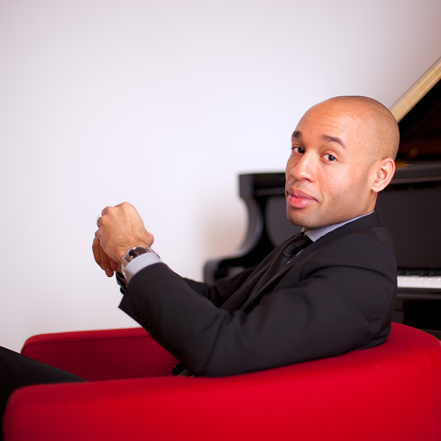 APA around the world | Aaron Diehl with the New York Philharmonic